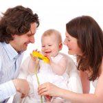 Happy child & family